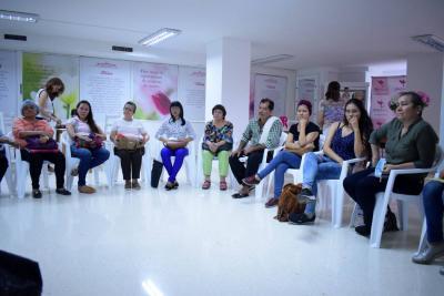 La Fundación SenosAma le brinda apoyo jurídico y acompañamiento psicológico a más de 220 mujeres con cáncer y a sus familias en Santander.