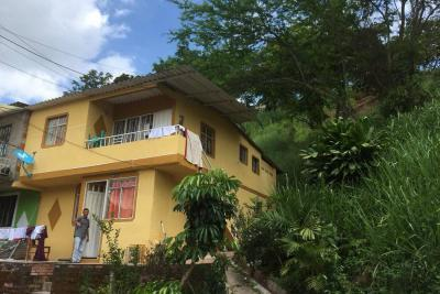Falta de colectores de aguas lluvia, el drama en Tejaditos