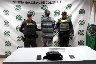 Este es el hombre que robó las pertenencias del concejal Luis Arismendi.