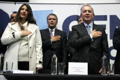 Uribe respalda a la senadora Paloma Valencia para que sea alcaldesa de Bogotá