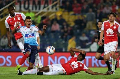 Santa Fe y Junior disputarán el partido de ida de las semifinales de la Copa Sudamericana. Los dos elencos también pelean por la clasificación a los cuartos de final de la Liga Águila.