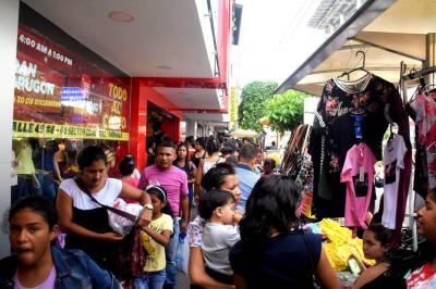 Piden a la Policía blindar el comercio en temporada en Barrancabermeja