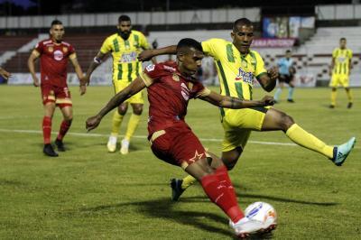 Video: El Atlético Bucaramanga viaja para enfrentar al Medellín en los cuartos de final