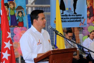 San Gil, entre los mejores en superación de pobreza