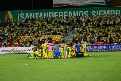 Gracias muchachos: Atlético Bucaramanga derrotó 2-0 al Independiente Medellín, pero no le alcanzó para clasificar