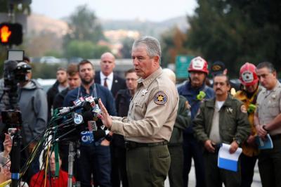 Identifican a Ian Long, de 29 años, como el autor del tiroteo en California
