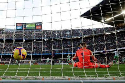 Luego de dos años y dos meses, Barcelona perdió como local en Liga