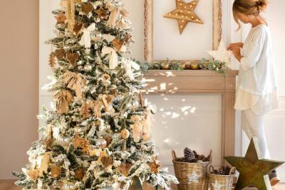 Paso a paso para que decore su árbol de Navidad