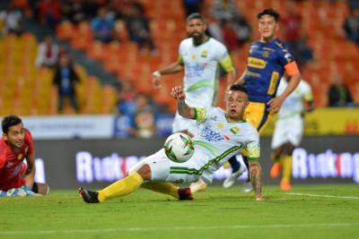 Atlético Bucaramanga cayó 0-3 con Medellín y complicó el cupo a semifinales