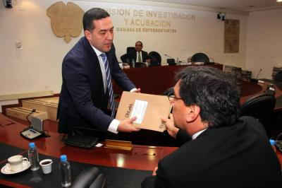 Uribista investigará al Fiscal Nestor Humberto Martínez