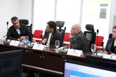 Comisión de paz del Senado busca salvar negociación con el Eln
