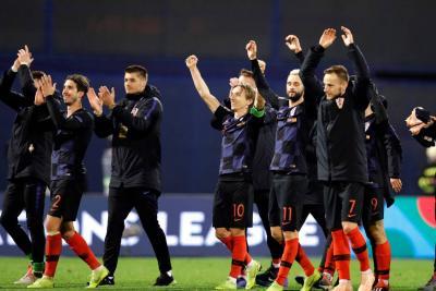 El orgullo croata tumbó 3-2 a una España sin portero