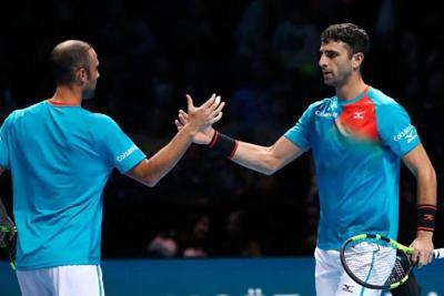 Cabal y Farah logran hazaña al clasificar a semifinales del Torneo de Maestros