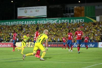 ¿Hubo 'sabotaje químico' en partido Atlético Bucaramanga - Medellín?