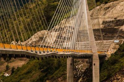 Sacyr canceló prueba de carga del puente Hisgaura