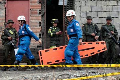 Rescatan a tres mineros que estuvieron atrapados unas 20 horas en mina de Cundinamarca