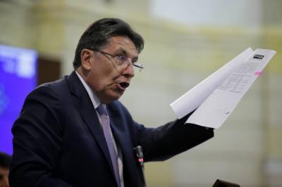 Comisión de Acusaciones abre investigación previa al Fiscal General