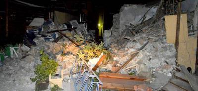 Imágenes del potente terremoto que dejó dos turistas muertos en Grecia