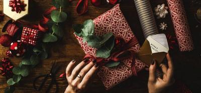 La tendencia de este año son los regalos personalizados.