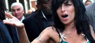 Familiares de Amy Winehouse quieren abrir centro desintoxicación con el nombre de la artista.