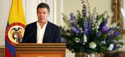 """""""El peligro podría ser de un revés económico, por eso estamos preocupados por lo que está sucediendo en Estados Unidos y seguimos intranquilos por lo que está sucediendo en Europa"""", dijo el presidente Santos."""