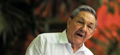 """Raúl Castro """"reiteró la más enérgica condena"""" de Cuba """"a la agresión militar de la Otan contra Libia."""