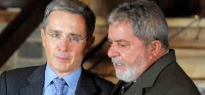 """Lula le dijo al presidente Santos que la actual relación entre Brasil y Colombia sería más productiva porque """"entre Uribe y yo había mucha desconfianza""""."""