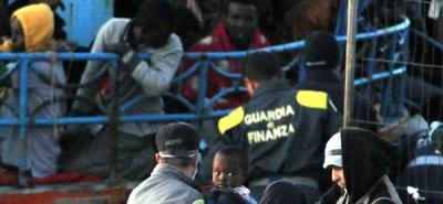 Policía italiana acusada de muerte de inmigrantes