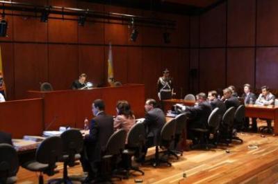El magistrado Orlando Fierro Perdomo denunció un extraño hecho, donde un hombre quien dijo pertenecía a la Sijín llegó hasta su exresidencia y preguntó por el dueño para adelantar un supuesto allanamiento.