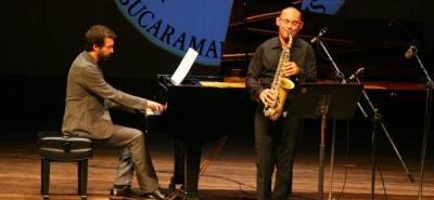 Concierto Finisduo Gianni Bardaroen en el saxofón y el pianista Mauro Patricelli. Festival Internacional de Piano, UIS.