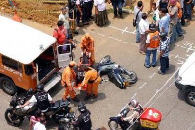 La imprudencia de los motocilistas es causa de accidentes.
