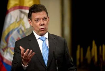 Farc y Eln tendrían posibilidad de diálogo con el Gobierno, si desisten del terrorismo: Santos