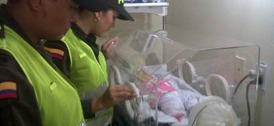 La bebé esté bajo el cuidado del Bienestar Familiar.