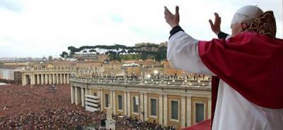 Uno de los momentos más emotivos tuvo lugar cuando el Papa bendijo a un bebé de 18 meses, que sufre un tumor cerebral.