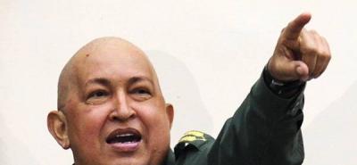 """""""Chávez vivirá por muchos años más"""", exclamó el mandatario en desde el balcón de Miraflores."""