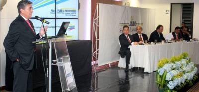 Mintransporte propone programa de dobles calzadas que impulsen el comercio