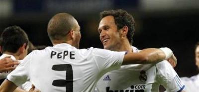 Pepe y Carvalho escenifican su reconciliación