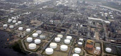 Las reservas de petróleo de Estados Unidos bajaron en 4 millones de barriles