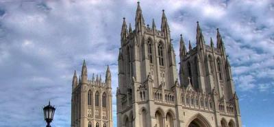 Accidente en catedral obliga a cambiar de lugar ceremonia por aniversario 11S