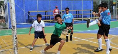 En horas de la tarde del pasado sábado el colegio Pierre de Fermat derrotó 2–0 a la Escuela General Córdoba en la primera fecha de la Copa Yogurcito Freskaleche de Microfútbol.