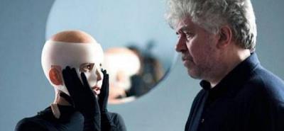 Almodóvar, candidato a representar a España en los Oscar y en los Ariel