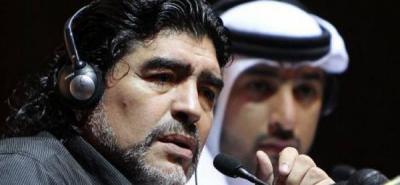 Maradona pierde en su debut oficial como entrenador del Al Wasl