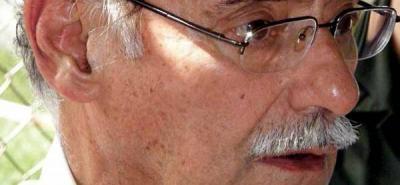 Gobernador de Santander es internado en la clínica