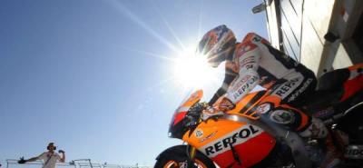 Stoner logra la 'pole' de MotoGP en Aragón por delante de Pedrosa