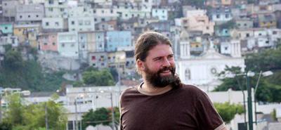 """Sebastián Cordero presenta una """"road movie"""" a ritmo de salsa"""