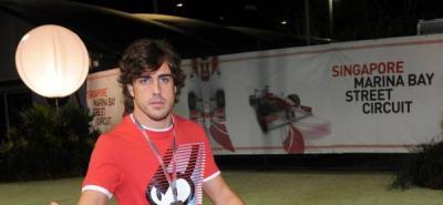"""Alonso: """"Mi objetivo es el de lograr un póquer de podios en Singapur"""""""