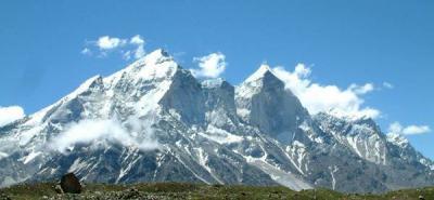 EU emite alerta de viaje a noreste de India, Nepal y Bután por terremoto