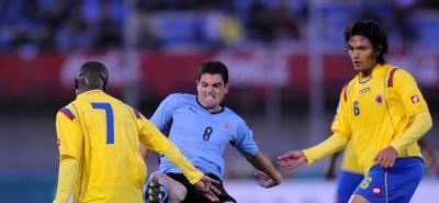 Quinteros elegirá entre 32 jugadores para partidos contra Uruguay y Colombia
