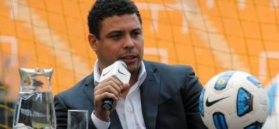 Ronaldo deberá indemnizar a fotógrafo por incidente en Mundial del 2002