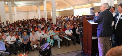 Ex Senador Gómez Hurtado lideró apoyo conservador para Pinto y Aguilar
